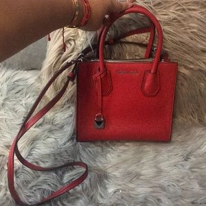 Michael Kors, Red Mercer bag